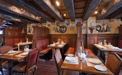 Уютный немецкий бар, где можно посидеть с друзьями