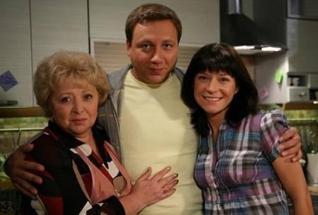 Воронины: мама, сын и жена - лишних нет?!