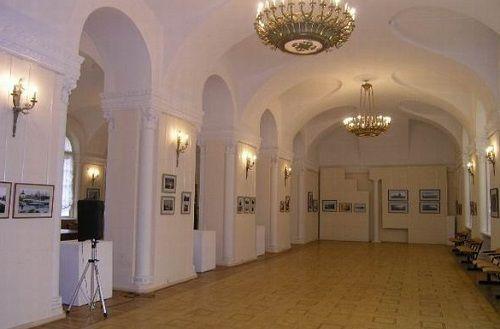 Выставочный зал «Смольный»